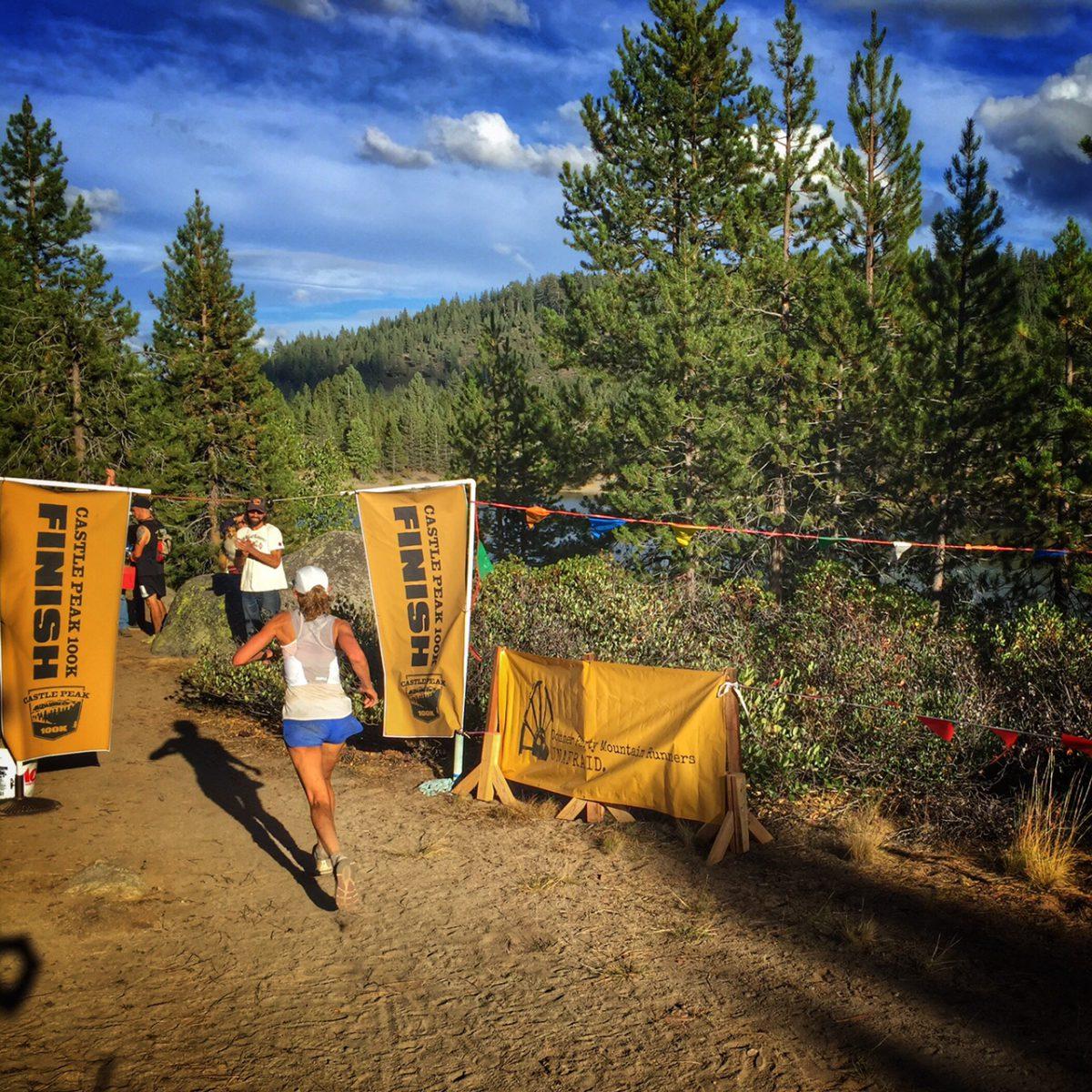 Roxanne Woodhouse (1st female) crosses the finish line. (Photo: Jenelle Potvin)